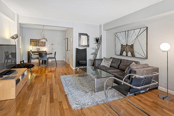 $485,000 – 301 East 48th Street #7M